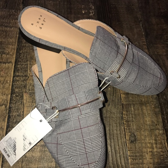 59dfbe3f6f0e 9 a new day slip on loafers NWT target plaid